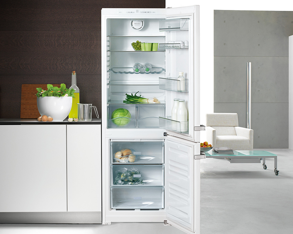 Miele Fridges & Freezers at Harvey Norman